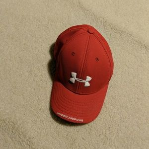 Juniors under armor hat
